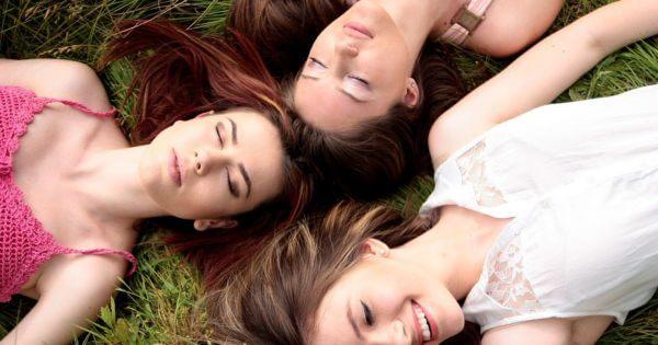 [Vuoi diventare anche tu liscia come Giulia, Nicoletta, Maddalena, Laura, Alessia e moltissime altre? Scopri le storie VERE di chi ha eliminato i peli per SEMPRE]